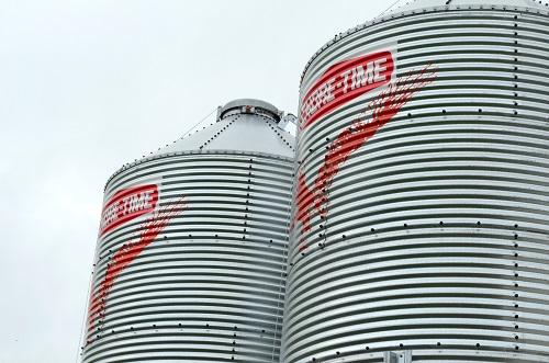 Corohawk silos